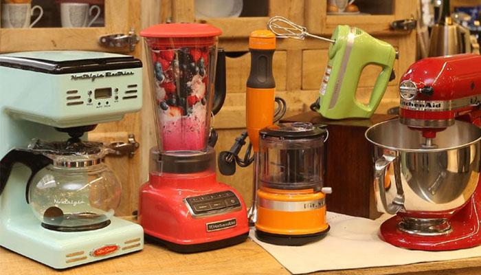 cocinas blancas electrdomésticos de colores